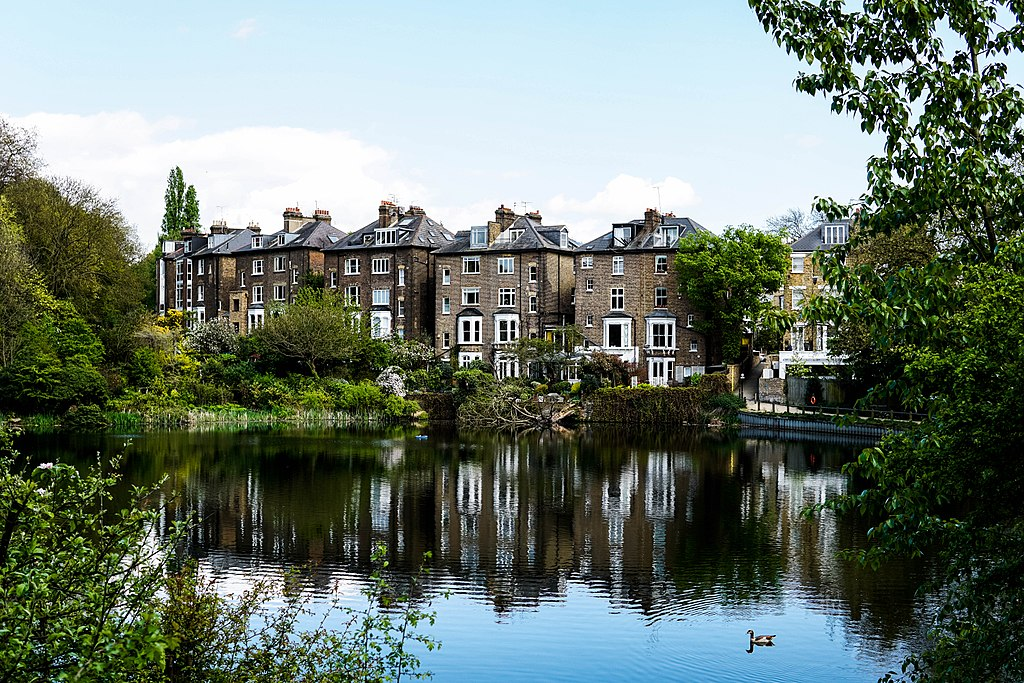 best walks in London, Hampstead Heath ponds